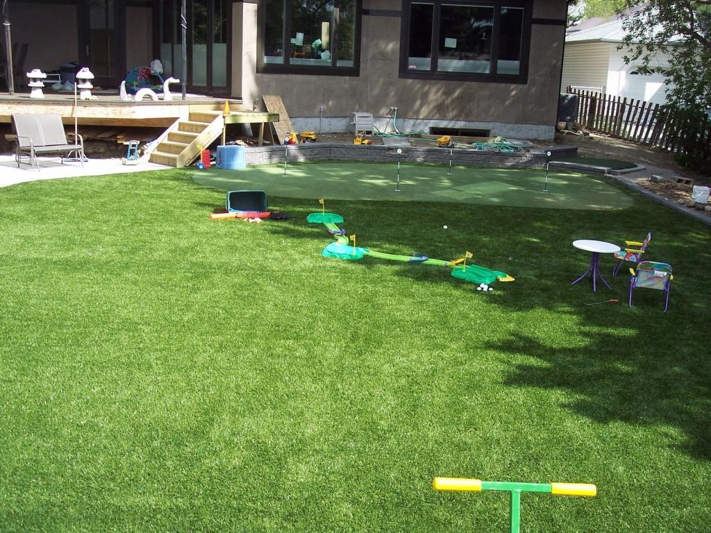 artificial turf grass edmonton backyard golf putting green